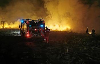 Las personas siguen siendo inconscientes y queman su basura pese a la sequía.