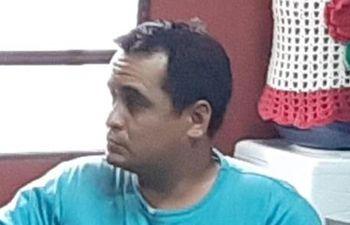 Teniente de fragata Gilberto del Pilar Espinoza Matto, apresado ayer en Ciudad del Este.