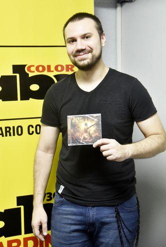 El tecladista y compositor Adrián Benegas.