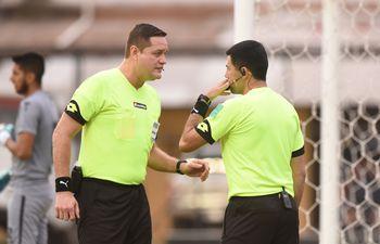 Sergio Melgarejo utilizó la tecnología para cambiar una decisión de Arnaldo Samaniego.