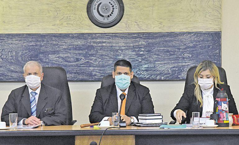 Héctor Capurro, Juan Carlos Zárate y María Fernanda García de Zúñiga integran el Tribunal.
