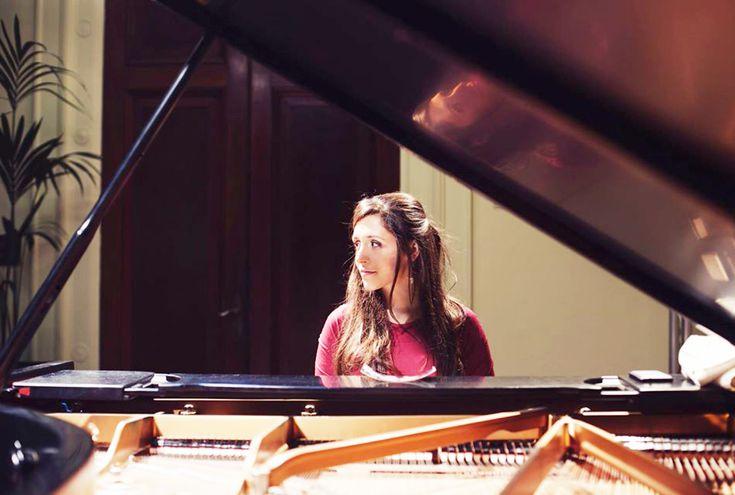Juliana Rodrigues se presentará como parte del Festival Jazz al Este, y también ofrecerá un show en Drácena y un taller sobre creación musical.