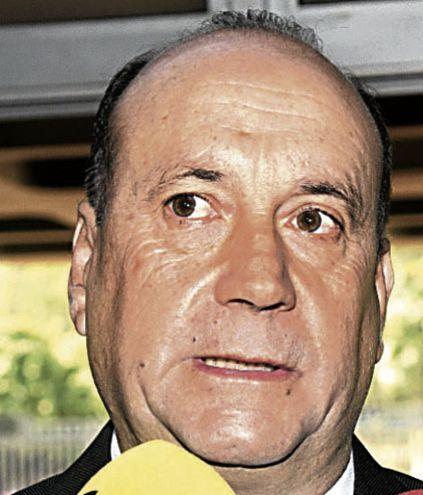 Óscar Salomón (ANR, Añetete), presidente de la Cámara de Senadores no logra asegurar la mayoría para su reelección.