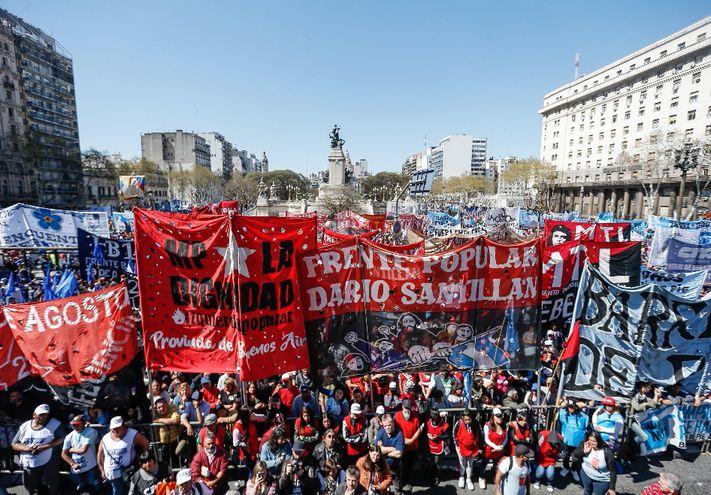 Miles  fueron el miércoles frente al Congreso argentino,  para exigir la sanción del proyecto de emergencia alimentaria.