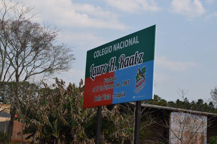 Conflicto en colegio nacional de Lauro Raatz de Bella Vista.