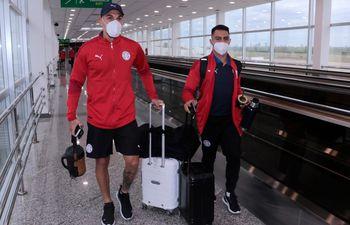 Gustavo Gómez y Angel Cardozo Lucena, jugadores de la selección paraguaya