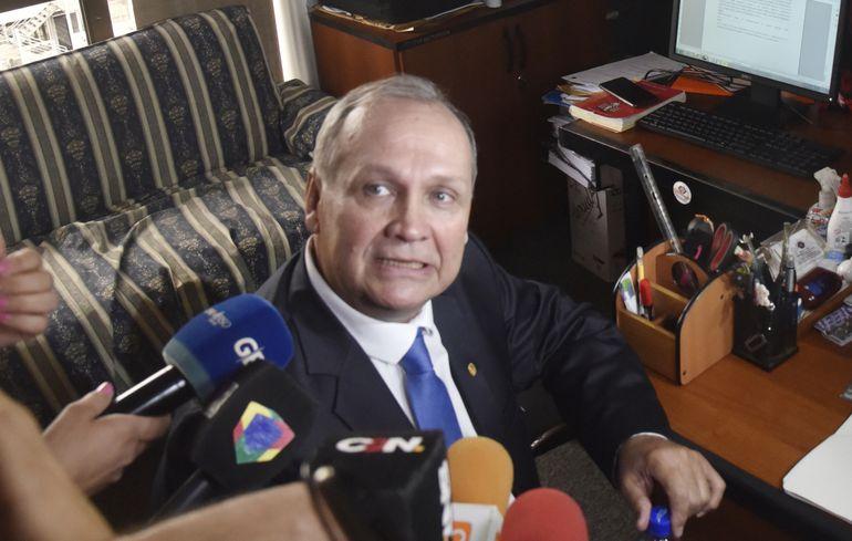 El exintendente de Asunción Mario Ferreiro no logró parar su procesamiento con las chicanas que presentó y el lunes 3 de febrero fue citado a la audiencia de imposición de medidas.