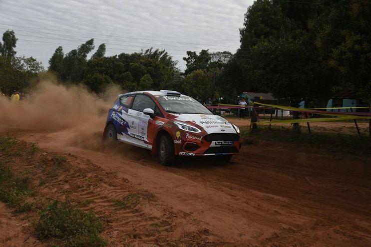 Fabrizio Zaldívar ya mira lo que será su presencia en el Rally del Chaco.