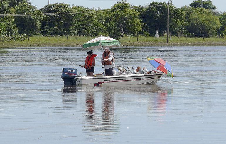 La habilitación de la pesca deportiva permitirá un repunte paulatino de la actividad  económica en la ciudad de Ayolas y en zonas aledañas, aseguran desde la Asociación de Hoteleros.