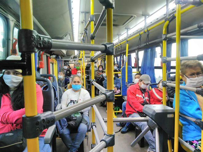 El uso de tapabocas es obligatorio en buses de pasajeros, según Viceministerio de Transporte.