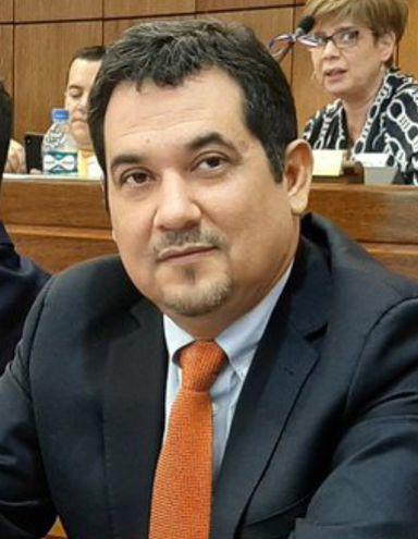Mario Martín Arévalo, senador (ANR, Añetete), confirmó que está en plena campaña para la intendencia de Asunción.