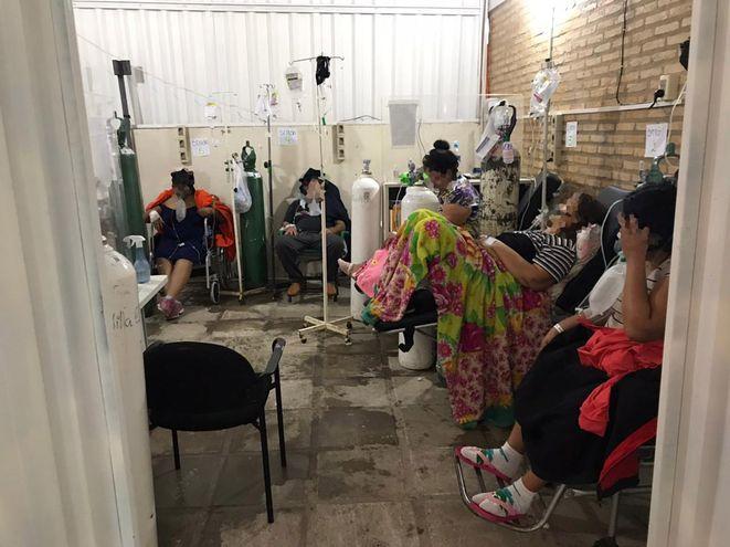 Pacientes que requieren oxigeno saturan Hospital de Villa Elisa.