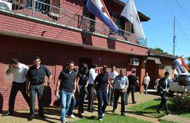 Funcionarios de la fiscalía de San Juan Bautista de huelga.