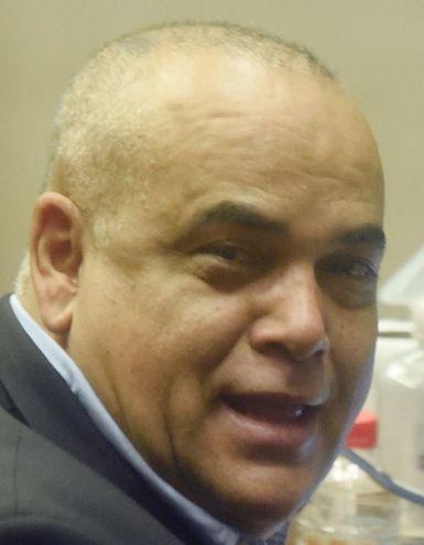 "Basilio ""Bachi"" Núñez (colorado cartista), diputado  vinculado a firma que logró millonarios contratos con  el  Estado."