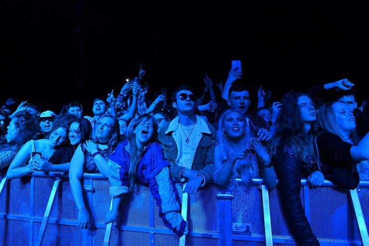 El público participó sin mascarillas del Festival Republic celebrado este fin de semana en Liverpool, Inglaterra.