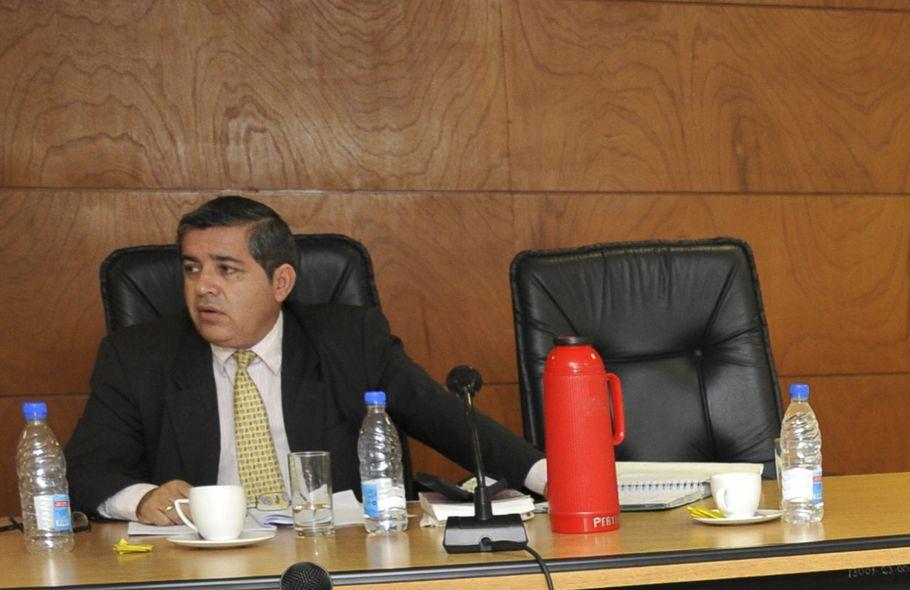 Contraloría investigará crecimiento patrimonial de juez Ovelar - Nacionales  - ABC Color