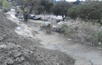 relleno-de-arena-para-obras-de-la-costanera-en-zona-del-barrio-ricardo-brugada-181728000000-1692564.jpeg