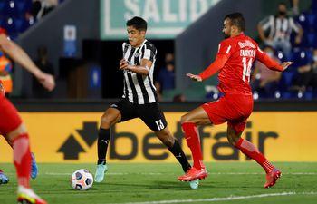 Lorenzo Melgarejo integra el equipo ideal de la Copa Sudamericana.