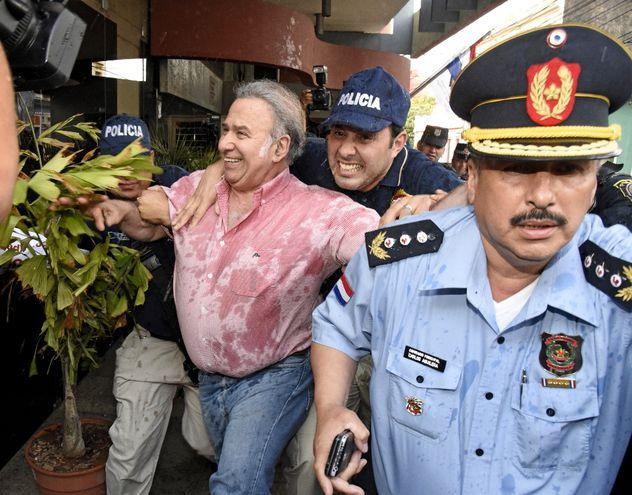 El exsenador por el Partido Colorado Óscar González Daher fue acusado por el Ministerio Público por supuesta asociación criminal y tráfico de influencia.
