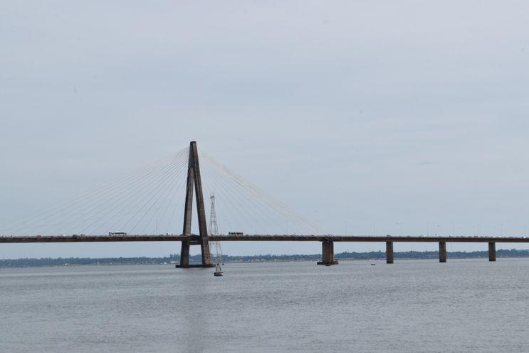 """Puente """"San Roque González de Santa Cruz""""."""