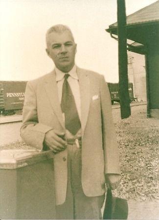 Fotografía del poeta Félix Fernández, que será recordado en la ciudad de Itauguá.