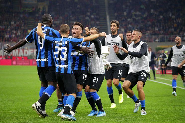 Inter le ganó el clásico al Milan.