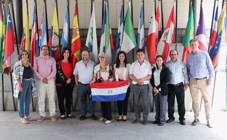 Algunos de los representantes de nuestro país durante las visitas a las universidades europeas.