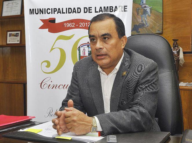 Roberto Cárdenas enfrenta juicio oral por millonario perjuicio.