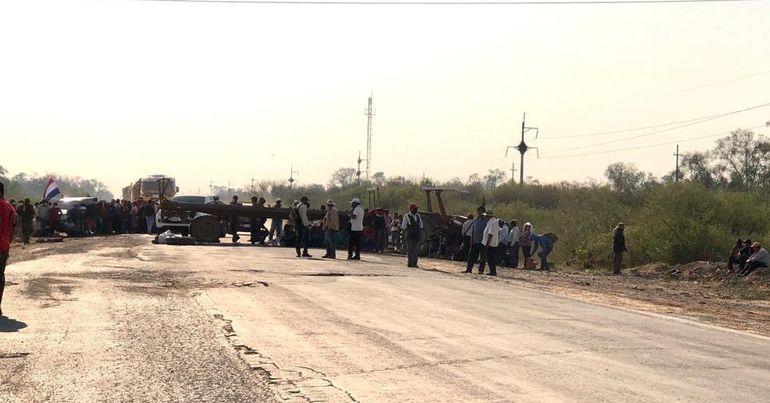 Los indígenas volvieron a cerrar hoy la ruta Transchaco.