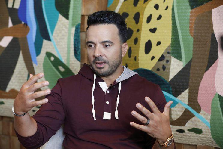 """Luis Fonsi, charló con Efe acerca de sus sencillos """"Vacío"""" y """"Bésame""""."""
