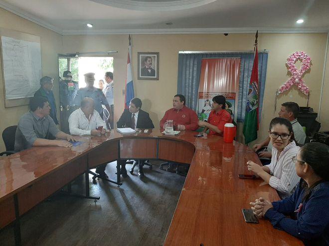 Esta mañana el interventor se reunió con los concejales municipales.