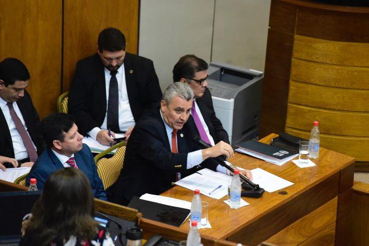 La interpelación al ministro del Interior, Juan Ernesto Villamayor se prolongó por más de 6 horas.