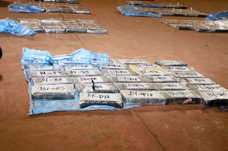 La carga de  388 kilos de  cocaína capturada  el lunes último en Puentesiño pasa a ser la 20ª más grande incautada en la historia del Paraguay.
