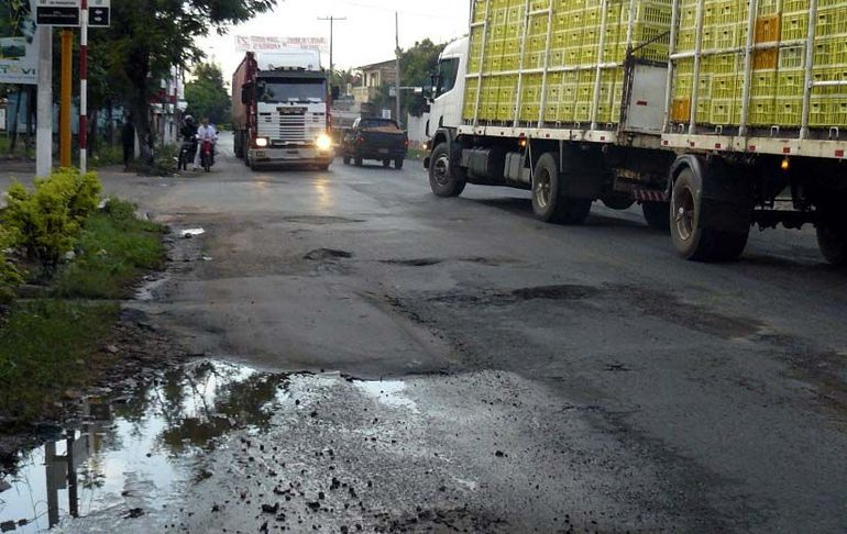 Las rutas del país están en pésimo estado, pero el MOPC prioriza millonarias consultorías.