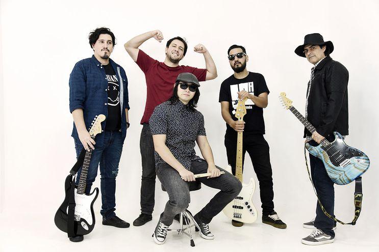 Materia se aboca a fusionar varios géneros con el rock en sus composiciones originales.