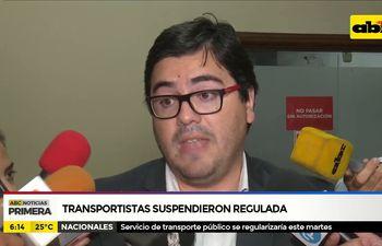 Transportistas suspendieron regulada