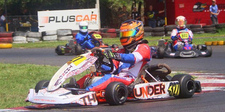 Marcos Canillas se impuso en las dos jornada en la Rotax Senior Max.