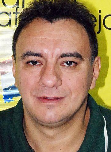 Aníbal Gómez Caballero, periodista querellado.