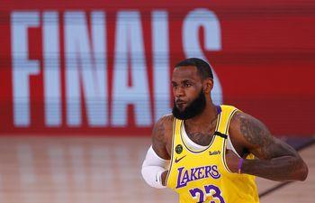 Los Angeles Lakers, Denver Nuggets, NBA.