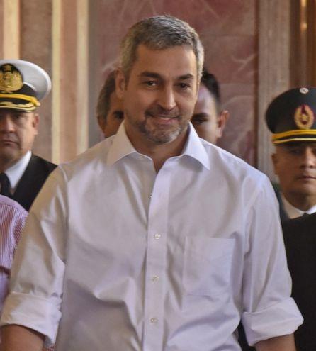 El presidente Mario Abdo Benítez defendió el acuerdo y entreguista  trató a los paraguayos de pillos y peajeros.