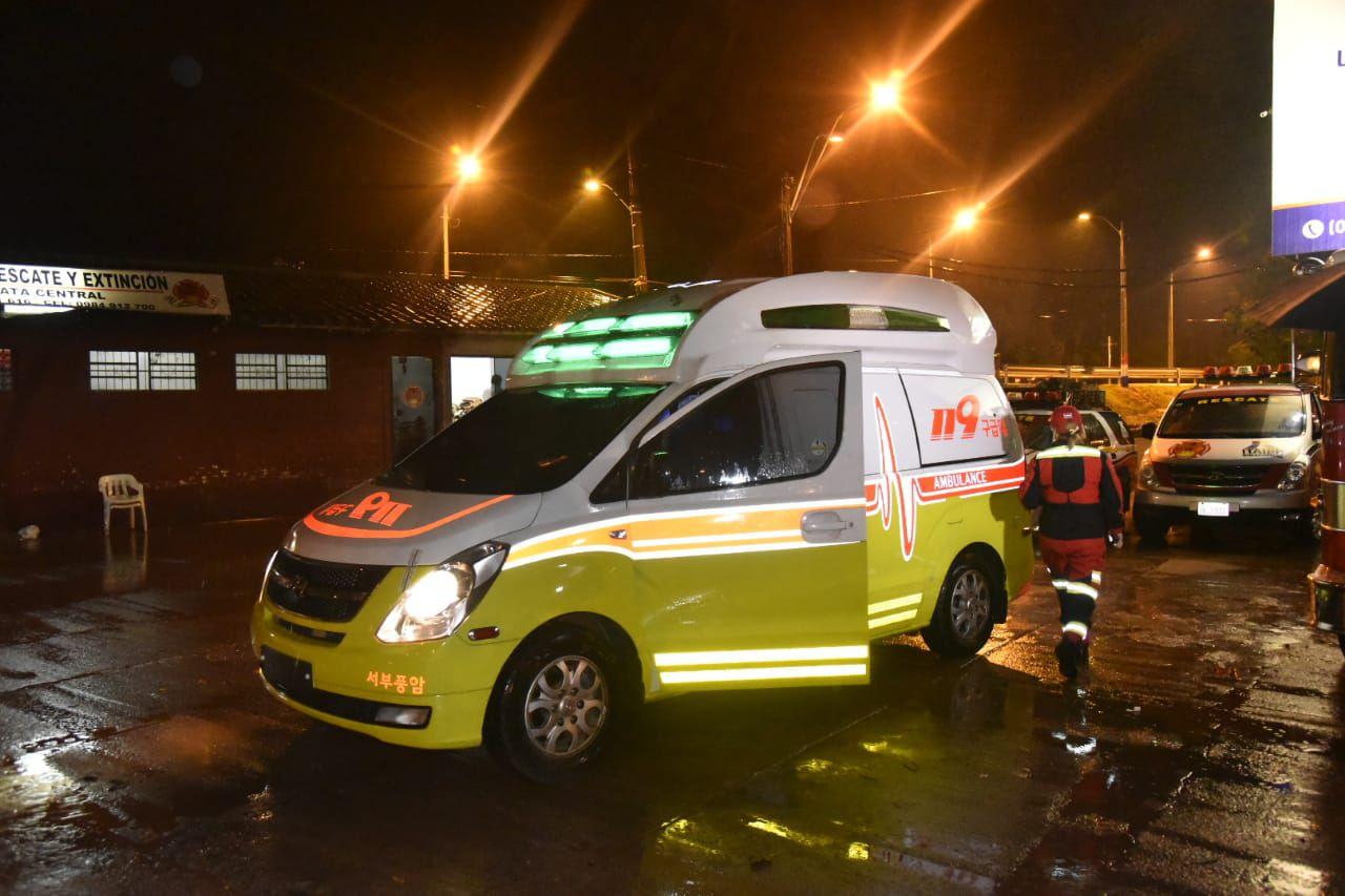 Ambulancia que recibieron los bomberos.