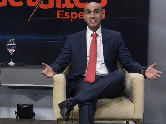El ministro de Salud, Julio Mazzoleni Insfrán, en el estudio a ABC TV, el domingo pasado.