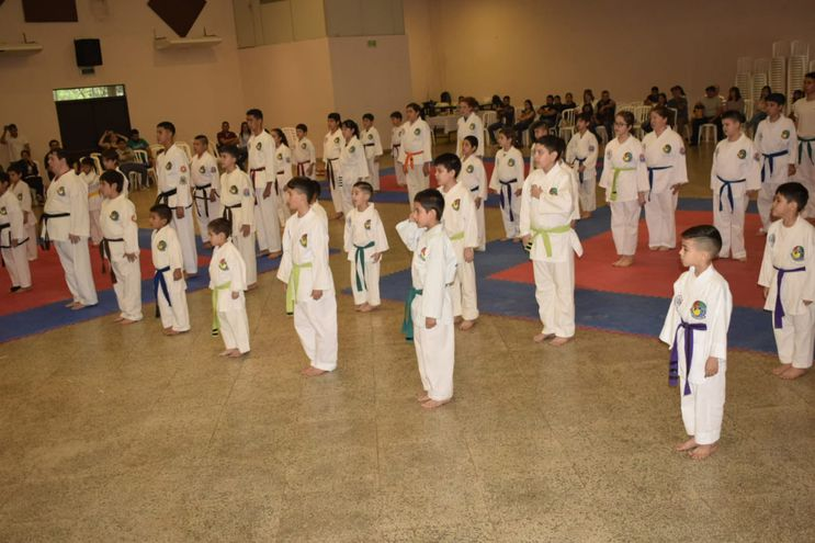 Torneo nacional de taekwondo y kick boxing se realizó en San Ignacio, Misiones.