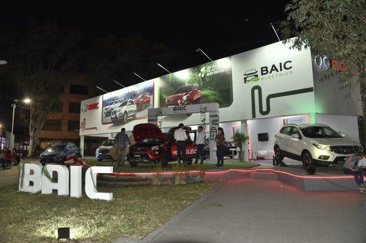 La firma Baic concretó la venta de 11 autos eléctricos.