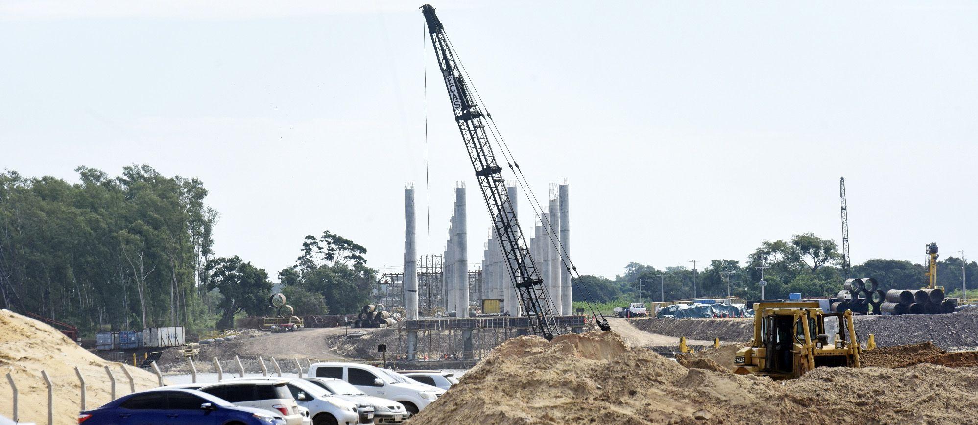 ABC recorrió ayer la zona de obras y se pudo corroborar que registra un importante avance, principalmente los viaductos de acceso.