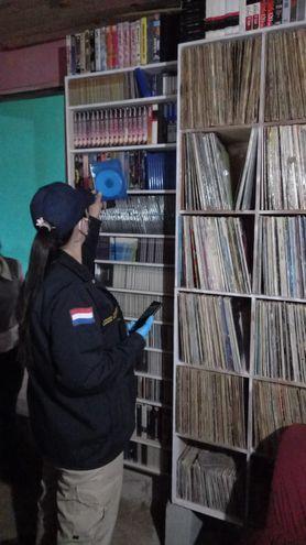 En el operativo Luz de Infancia fueron incautados materiales informáticos de almacenamiento externo.