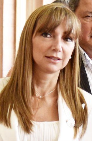 Ministra Carla Bacigalupo.