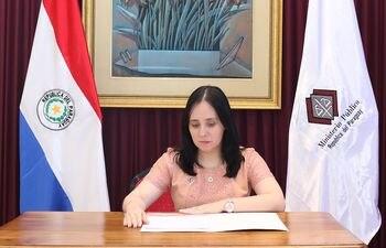 Liliana Denice Duate, agente fiscal.