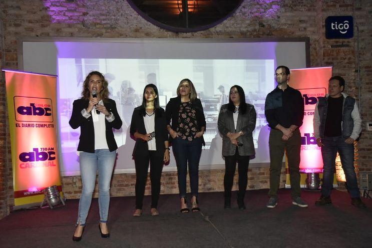 Selene Rojas, María José Amarilla, Lilian Pascottini, Maby Rojas, Milton Stumpfs  y Álvaro Alfonso.