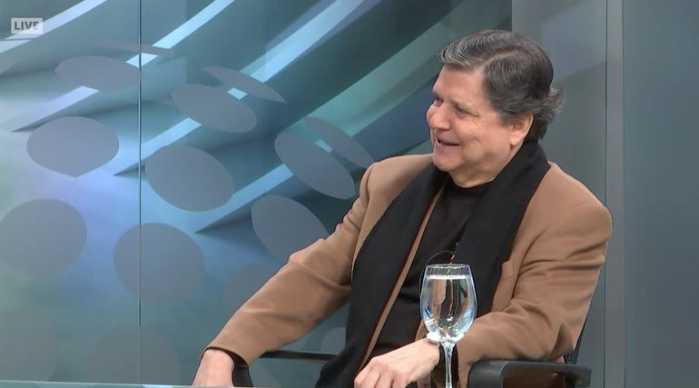 Euclides Acevedo en estudios de ABC TV.